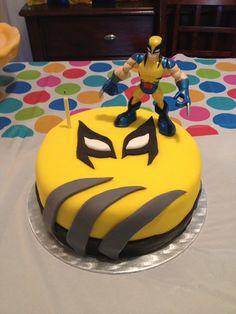 Fondant. Wolverine cake 8th Birthday Cake, Kids Birthday Themes, Birthday Desserts, Adult Birthday Party, Birthday Cake Toppers, Xmen, Fondant Cakes, Cupcake Cakes, Cupcakes
