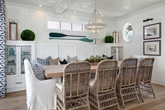 Beach House with Inspiring Coastal Interiors. This chic coastal dining room features a turquoise beaded chandelier. Coastal Living Rooms, Coastal Homes, Coastal Cottage, Coastal Farmhouse, Cozy Cottage, Cottage Style, Coastal Style, Coastal Decor, Coastal Interior