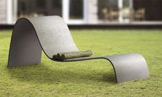 Sculptural Outdoor Seating - The Zephyr Lounger Chair by Gravelli is Sumptuously Curvy (GALLERY)