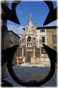 Verona, Veneto, Italy - Mausoleo della famiglia della Scala