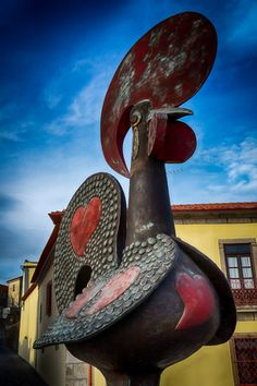 "#Barcelos is a #city in the #Minho Province, in the north of #Portugal. The #town is #famous for its legendary symbol…a rooster (known as ""O Galo de Barcelos""). Read the #history behind it: http://travelholicpath.tumblr.com/post/133188291595/barcelos-and-the-legend-of-the-rooster"