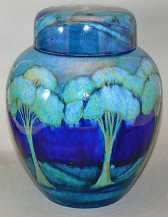 Moorcroft ginger jar, Moonlit Blue pattern, ca. 1918. - beautiful