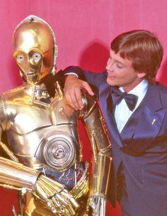 C3PO and Mark Hamill, 1977 #starwars #c3po #hamill