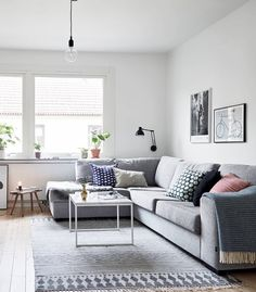 Small Apartment Design in Sweden That Has Been Renovated Home Living Room, Room Design, Interior, Apartment Design, Dream Decor, Home, Small Apartment Design, Home And Living, Living Room Designs