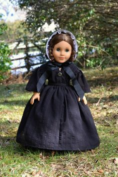 Mourning Gown and Bonnet Civil War/ Victorian by PemberleyThreads on Etsy  $68.50