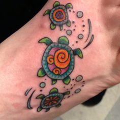 Hidden Mickey in Sea Turtle Tattoo. I would change it up to hide a G in some way but I love the colors!