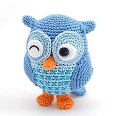 Knitted owl.
