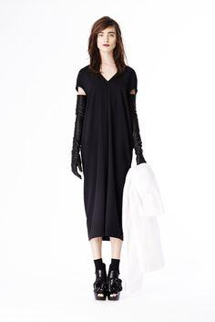 Vera Wang Pre-Fall 2014 Fashion Show
