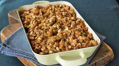 Sweeten traditional cornbread stuffing with apples and raisins — made deliciously moist with Progresso® broth. This is a perfect side dish recipe for the Thanksgiving table.