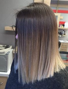 12 goddess in the long straight hair, sweet literature and temperament – Hairs. 12 goddess in the Cabelo Ombre Hair, Medium Hair Styles, Short Hair Styles, Brown Hair Balayage, Bronde Hair, Balayage Brunette, Short Straight Hair, Medium Straight Hairstyles, Hair Looks