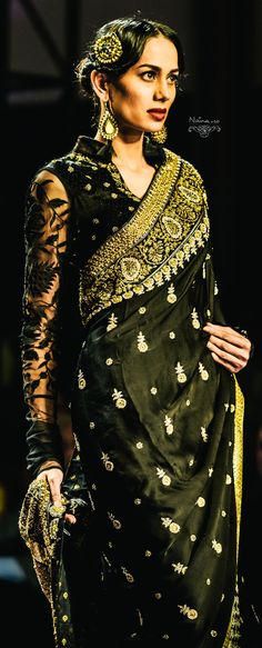 Ritu Kumar : Grand Finale WIFW SS '13 Find Similar Exclusive Laces and fabrics @ www.lacxo.com