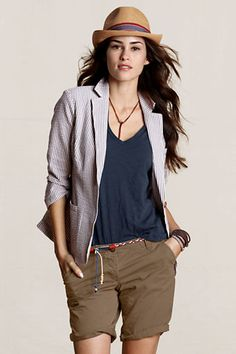love the tiny braided belt-landsend canvas Spring Summer Fashion, Autumn Winter Fashion, Spring Outfits, Grey Fashion, Timeless Fashion, Matching Family Pajamas, Patterned Jeans, Long Shorts, Summer Looks