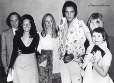 Elvis  with fans before midnight show, Las Vegas