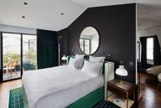 Located in the arrondissement in Paris, le Roch Hotel & Spa brings together elegant luxury with contemporary design to a top location. Spa Design, Design Hotel, Hotel Suites, Hotel Spa, Le Roch Hotel, Spa Paris, Saint Roch, Bedroom Design Inspiration, Cosy Room
