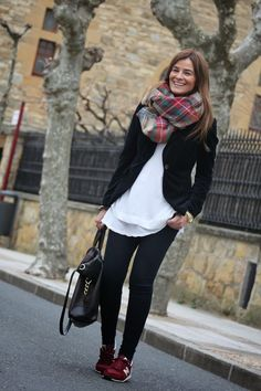 Pretty Outfits, Winter Outfits, Casual Outfits, New Balance Outfit, Street Style Women, Autumn Winter Fashion, Clothes For Women, London Winter, Sneaker Outfits