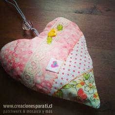 Corazón lavanda con adornos para colgar