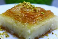 Laz Böreği Tarifi nasıl yapılır? 340 kişinin defterindeki Laz Böreği Tarifi'nin resimli anlatımı ve deneyenlerin fotoğrafları burada. Yazar: Pervin Kaya