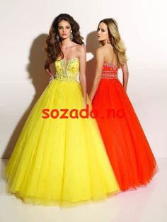 wedding dresses wedding dresses with straps lace wedding dresses kate middleton strapless beading/sequins ball gown floor-length glamorous natural yellow/orange organza/satin celebrity dresses Tulle Ball Gown, Tulle Prom Dress, Strapless Dress Formal, Ball Gowns, Formal Dresses, Long Dresses, Pretty Dresses, Beautiful Dresses, Dresses Dresses