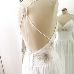 Phoebe backless wedding dress makes the perfect destination wedding dress. Hand made in London from Silk crepe and silk chiffon Bohemian Style Wedding Dresses, Designer Wedding Dresses, Silk Crepe, Silk Chiffon, Our Wedding, Destination Wedding, Backless Wedding, London Wedding, French Lace