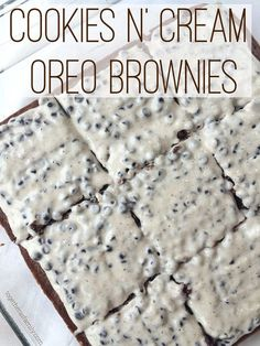 """COOKIES N"""" CREAM BROWNIES- homemade (or boxed brownies) with a super easy melted CHOCOLATE BAR frosting! www.togetherasfamily.com"""