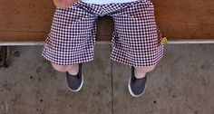 Cute free pattern for boy shorts at grosgrainfabulous.blogspot