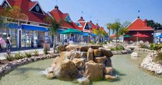And, shopping too! Spend the day at the scenic Coronado Ferry Landing shops and restaurants. Coronado Island, Hotel Del Coronado, Coronado Beach, San Diego Shopping, San Diego Travel, Stay Classy San Diego, Coronado Springs, Yosemite California