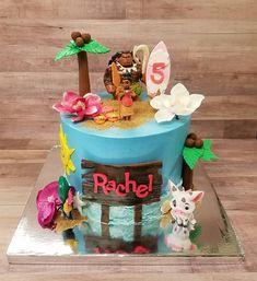Moana Birthday Cake Hawaii Birthday Cake, Moana Theme Birthday, Birthday Cake Girls, 5th Birthday, Moanna Cake, Cupcake Cakes, Pinterest Cake, Moana Party, Disney Cakes