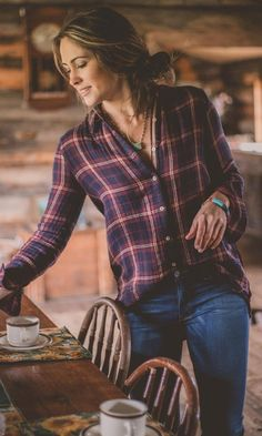 46 Ideas for womens outfits country plaid shirts Looks Country, Country Girl Style, Country Women, Country Style Fashion, Country Girl Hair, Country Style Clothes, Country Girl Dresses, Farm Women, Western Dresses