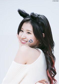 Sana © 트둥프레임 | do not edit.