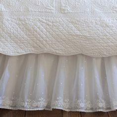 71 Best Bed Skirts Images Linens Bedding House Beautiful
