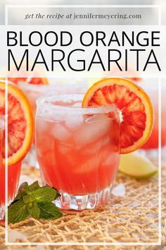 Blood Orange Margarita - Traditional style margarita but made with blood orange juice and orange liqueur in addition to the tequila and lime! Blood Orange Vodka, Blood Orange Margarita, Best Vodka Brands, Gin Brands, Refreshing Drinks, Fun Drinks, Top Recipes, Sweet Recipes, Orange Season