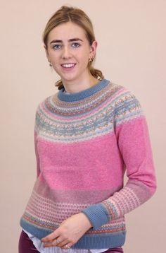 Merino Wool Sweater, Wool Sweaters, Plain White T's, Slow Fashion, Fashion Tips, Fair Isle Pattern, Keep Warm, Hand Warmers, Fashion Brand
