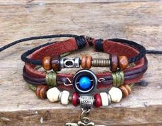 Size:Freely adjustableMaterial:Bronze ,rope, wooden beadIt is the perfect Leisure bracelet!
