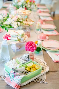 How to Host a Ladies Tea Party – Jenny Cookies Afternoon Tea Party Decorations, Birthday Table Decorations, Afternoon Tea Parties, Afternoon Snacks, Girls Tea Party, Tea Party Birthday, Ladies Party, 80th Birthday, Happy Birthday