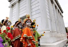 Stunning images of Dia de los Muertos (Day of the Dead) around the world.