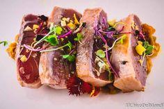 Tataki de atún rojo con salteado de tomates verdes - Tvcocina . Recetas de Cocina Gourmet Restaurantes Vinos Vídeos