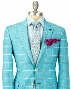 Pretty much impossible to wear.but man, does it ever look good! Sharp Dressed Man, Well Dressed Men, Look Formal, Look Street Style, Mode Chic, Dapper Men, Suit And Tie, Suit Fashion, Gentleman Style