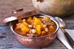 Pumpkin Stew: Easy to prepare and so comforting this is the ideal dish for a crockpot and a cold evening in Crockpot Recipes, Soup Recipes, Pumpkin Stew, My Favorite Food, Favorite Recipes, Lamb Stew, Lebanese Recipes, Middle Eastern Recipes, Mediterranean Recipes