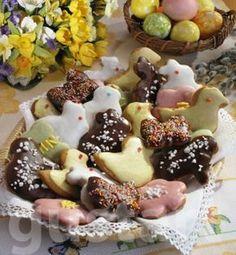 Lajos Mari konyhája - Húsvéti mandulás aprósütemény Easter Recipes, My Recipes, Easter Food, Pavlova, Tart, Food And Drink, Pudding, Breakfast, Morning Coffee