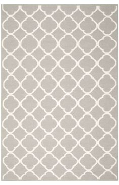 The classic geometric motifs of Safavieh's flat weave Dhurrie Collection are equally at home in casual, contemporary, and traditional settings. We use pure wool to best recreate the original texture and soft colorations of antique dhurries prized by collectors. The Dhurrie weave is native to India, and every step in our production process faithfully follows the traditions of local artisans. The results are natural, organic and with wonderful nuances in pattern and tone.
