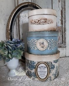 Decoupage Box, Decoupage Vintage, Shabby Vintage, Cigar Box Projects, Craft Projects, Diy Wall Decor, Art Decor, Decoration, Shabby Chic Crafts