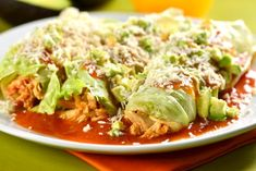 Low Carb Enchiladas - in Spanish but you can translate to English. Healthy Recepies, Healthy Dinner Recipes, Mexican Food Recipes, Healthy Cooking, Healthy Eating, Cooking Recipes, Comida Judaica, Deli Food, Cucumber Recipes