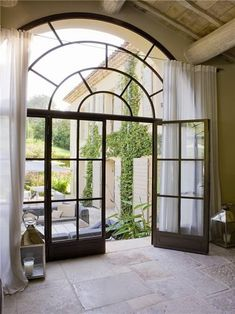 big windows and french door Steel Doors And Windows, Arched Windows, Big Windows, Escalier Design, French Doors, French Windows, Architecture Details, Garden Architecture, Interior And Exterior