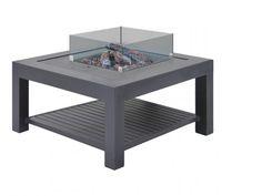 De Libre vuurtafel vierkant bestaat uit een vuurhaard en tafel met inleg in de kleur lava. Deze vuurtafel is gemaakt van roestvrij en duurzaam aluminium en is voorzien van een glazen ombouw. De vuurhaard werkt op gas en geeft hierdoor geen afval. Door de lavastenen en houtblokken heeft het geheel een chique uitstraling. De hoogte van de vlammen is verstelbaar, hierdoor kunt u zelf de warmte en sfeer creëren die u wenst. Lava, Table, Furniture, Home Decor, Products, Homemade Home Decor, Mesas, Home Furnishings, Desk