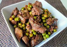 Zöldborsós csirkemáj Meat Recipes, Sprouts, Food And Drink, Beef, Vegetables, Keanu Reeves, Foods, Kitchens, Meat