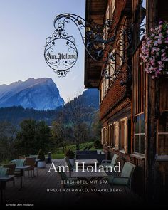 Die 12 schönsten Hotels in den Alpen - Mountain Hideaways Mall Of America, North America, Royal Caribbean Cruise, London Pubs, Beach Trip, Beach Travel, Hotel Spa, Romantic Travel, Holiday Destinations