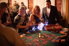 Modern Mingle provide a singles events service for professional San Antonio area Singles. Singles Events, Event Services, Speed Dating, Night Photos, Casino Night, San Antonio
