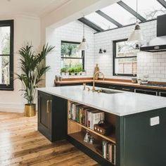 Home Decor Kitchen, Kitchen Living, Interior Design Kitchen, Home Kitchens, Living Rooms, Kitchen Ideas, Modern Interior, Green Kitchen Furniture, Kitchen Planning