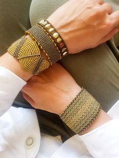 Jewelry OFF! Jewelry Knots, Macrame Jewelry, Jewellery, Macrame Bracelets, Handmade Bracelets, Macrame Knots, Loom Bracelets, Chevron Friendship Bracelets, Micro Macramé