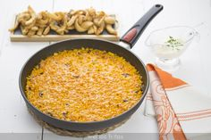 Arroz con sepia Polenta, Cocotte Le Creuset, How To Cook Rice, Savoury Dishes, Couscous, Cooking Time, I Foods, Tapas, Pasta
